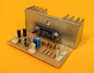 amplificador estéreo 40W