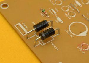 diodos del doblador de tensión